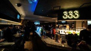 Standing Bar 333のカウンター写真