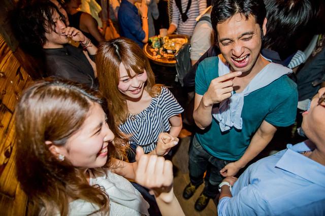 GINZA300BAR 銀座8丁目店 の店内写真