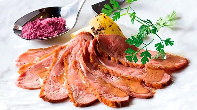 GRANDE POLAIRE WINEBAR TOKYOの肉料理