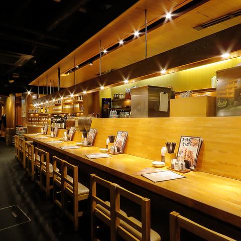 テング酒場 銀座コリドー店のカウンター写真
