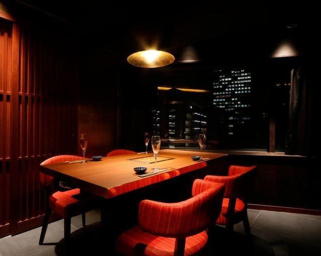 銀座 肉料理 KOJIRO(小次郎)の個室写真