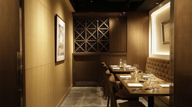 レ・コパン ドゥ ドミニク・ブシェ のテーブル写真
