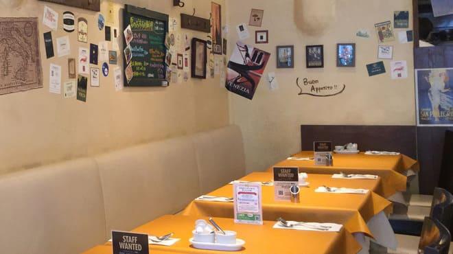 マッテオ 銀座店のテーブル写真