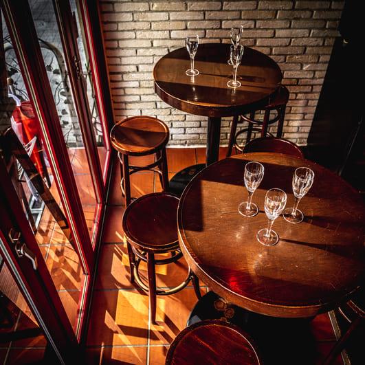 Bar de Ollaria銀座店のハイチェア写真