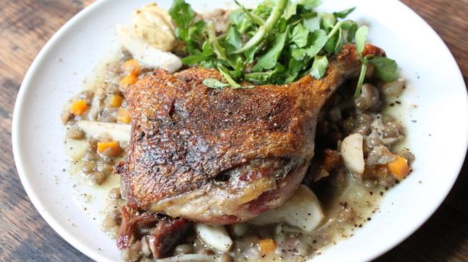 ルフージュの肉料理写真
