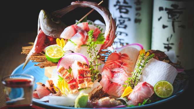 淡路島と喰らえ 銀座コリドー店の魚介写真
