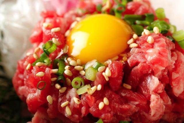 焼肉 炙屋武蔵のユッケ写真