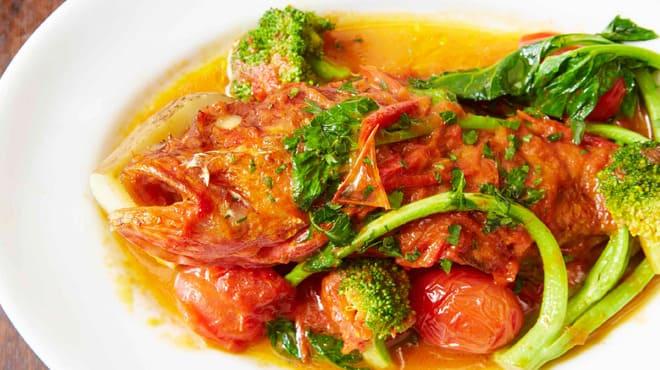 カンティーナ シチリアーナの魚料理写真