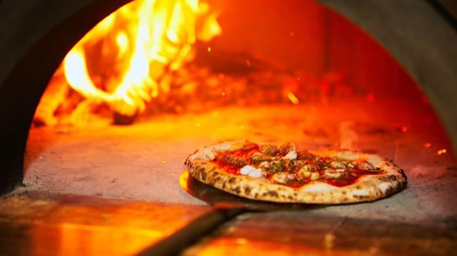いぞら銀座6丁目のピザ窯写真