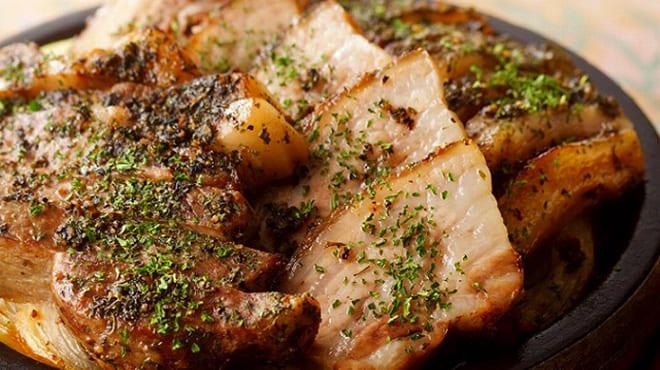 個室×韓国料理 銀座MUNの肉料理写真