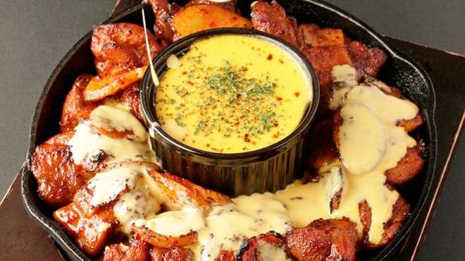 個室×韓国料理 銀座MUNのチーズタッカルビ写真